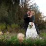 photo lifestyle couple de mariés à Dunkerque