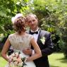 la mariée avec le bouquet dans le dos et son mari Seine et Marne (Roissy en brie)
